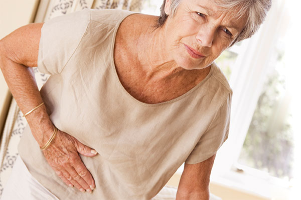 pijn in rug en buik nieren